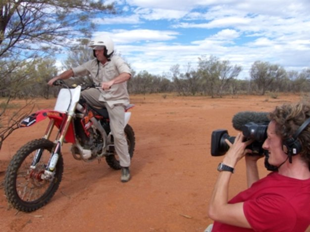 Bite Me with Dr. Mike Leahy: Behind the Scenes in Outback Australia