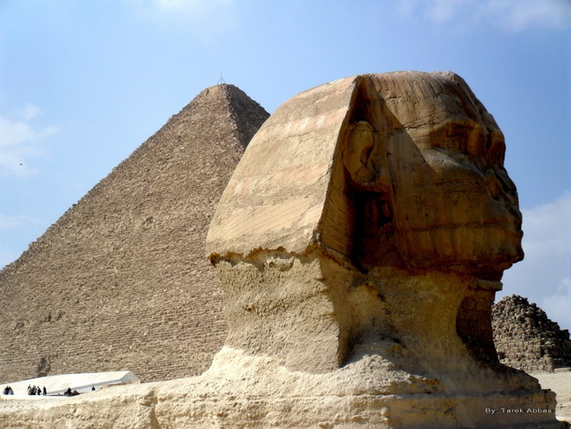 The Sphinx & Khofo pyramid